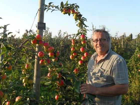 Pommes du Val de Loire : le verger collection du Val de Baule dans le Loiret près de Meung sur Loire et Beaugency