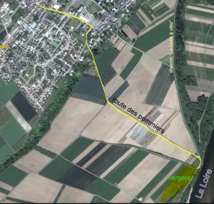 Route des pommiers en Val de Loire pour la vente cueillette des pommes du verger collection
