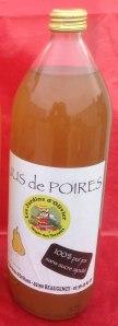 Val de Loire Loiret les jus de poires du verger collection du Val de Baule près de Beaugency et Meung sur Loire