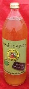 Val de Loire Loiret les jus de pommes du verger collection du Val de Baule près de Beaugency et Meung sur Loire